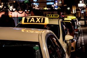 Taxi,Rank,In,The,Night