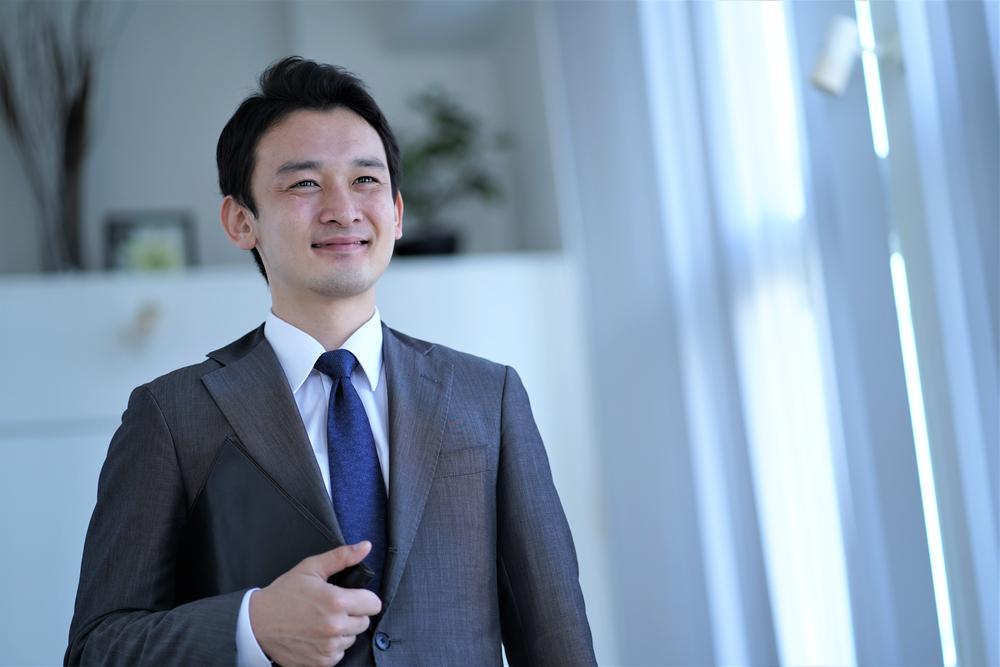 Asian,Alone,Businessman,Japanese,Korean,Chinese