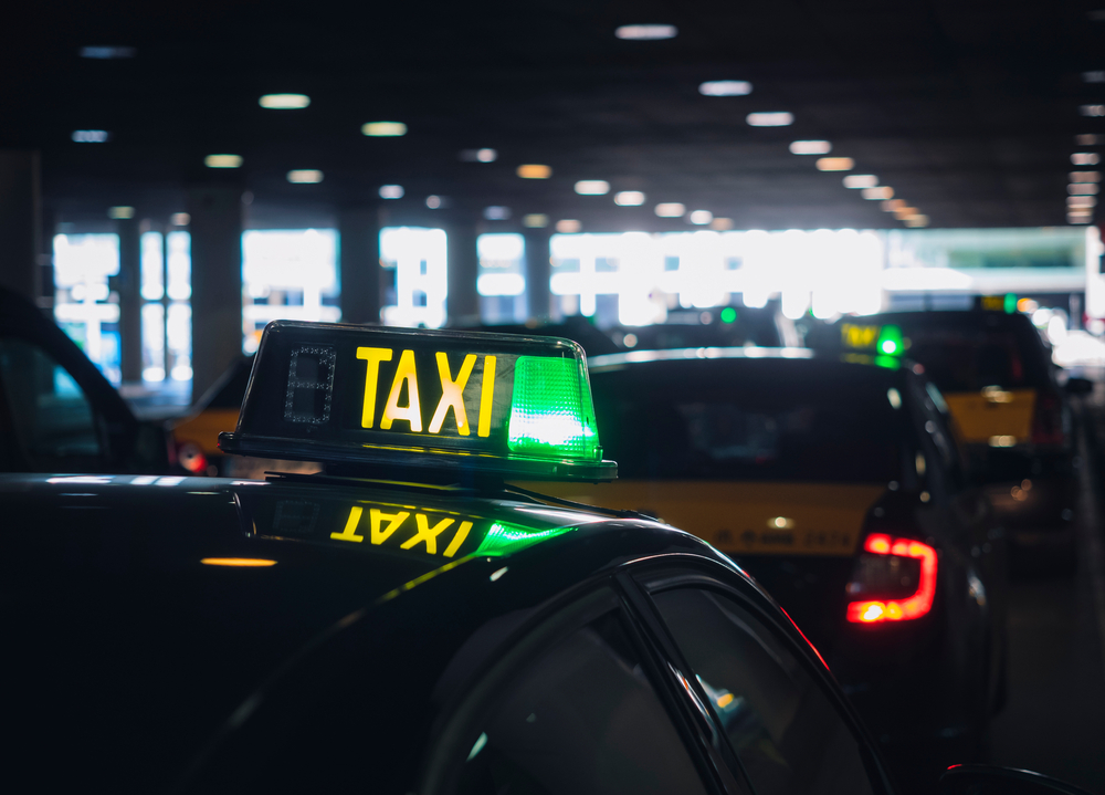 Taxi,Stand,Taxi,Cabs,Waiting,For,People,City,Public,Transportation